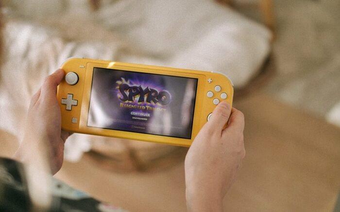 Aprende a cómo limpiar tu Nintendo Switch adecuadamente
