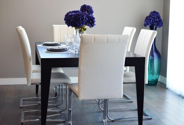 Descubre cómo elegir los muebles para espacios pequeños