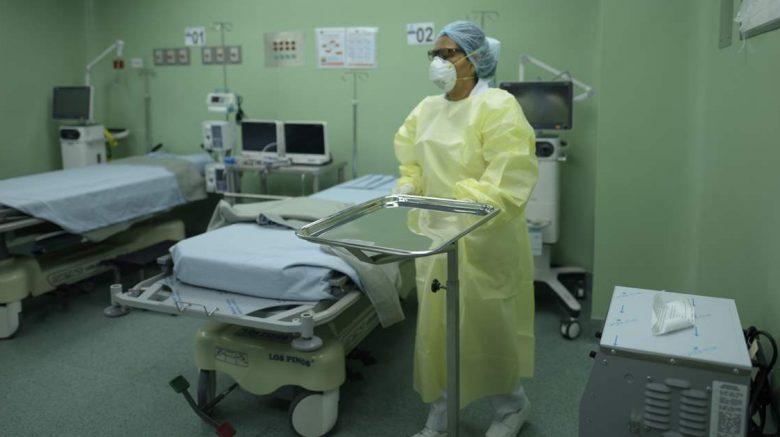 hospital con un doctor