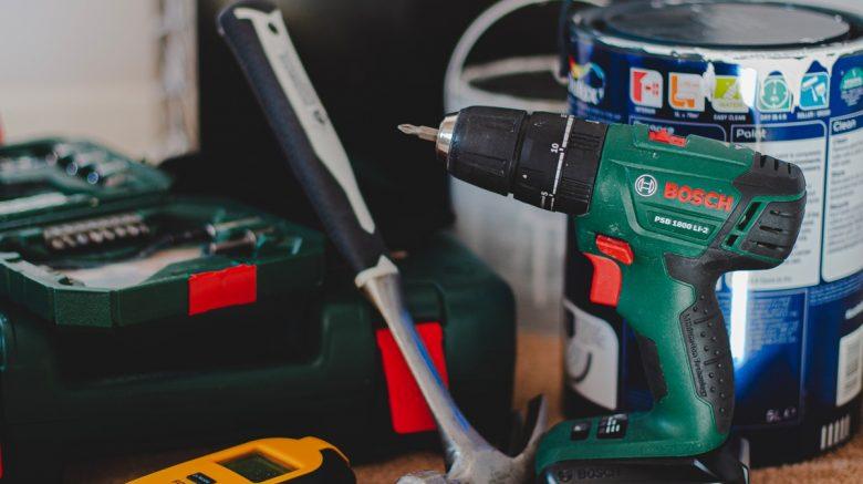 Conoce cómo limpiar herramientas eléctricas