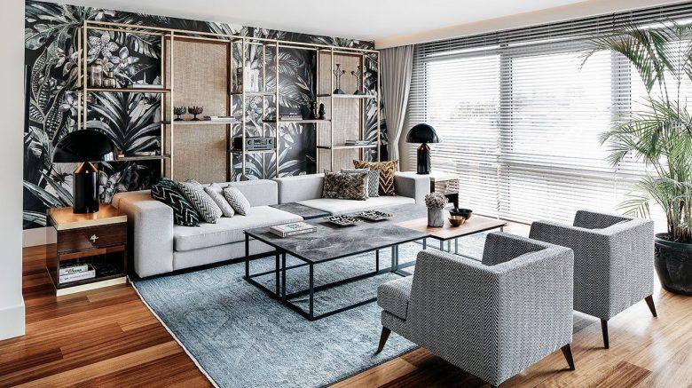 sala de estar con mesa de centro
